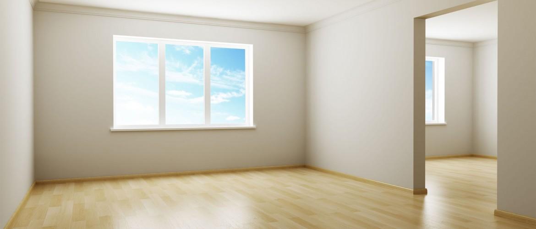 Nettoyage logement avec planché bois